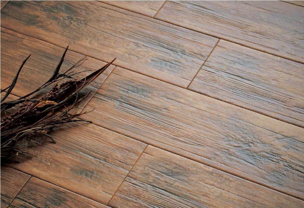 Плитка под дерево на пол фото в интерьере